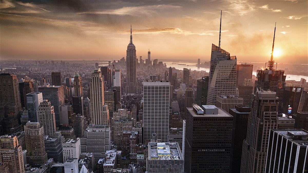 Pigus skrydziai i Niujorka